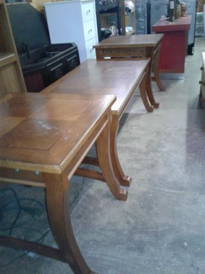 COFFEE TABLE SET (Real Wood)! for Sale in Charlotte, NC