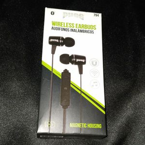 Black Earbuds for Sale in Galveston, TX