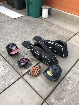 Easton baseball bags gloves and helmets for Sale in Hayward, CA