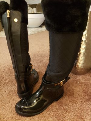 Guess Women's boots. Pls check my other items! for Sale in Alexandria, VA