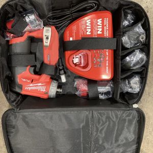 Milwaukee M12 Fuel Instalation Driver Kit. for Sale in Philadelphia, PA