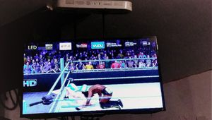 """40""""Sony Briva smart TV for Sale in US"""