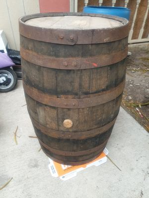 Barril antiguo for Sale in Mercedes, TX