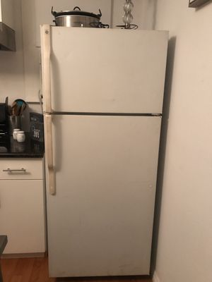 Refrigerator only for Sale in Hacienda Heights, CA