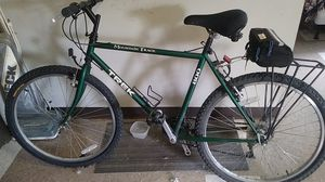 Trek mountain bike 21 speed for Sale in Valley View, OH