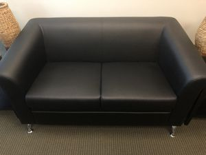 Modern Leather Loveseat for Sale in Mission Viejo, CA