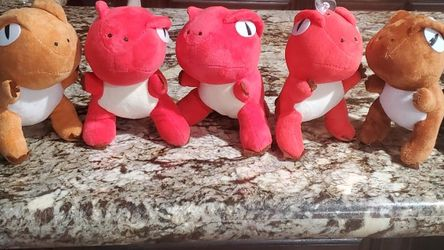 8 Dinosaur Plushies Used For Centerpiece for Sale in Los Angeles,  CA