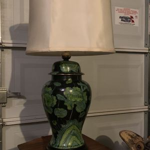 Mid Century Ginger Jar Style Vintage Lamp for Sale in Palm Bay, FL