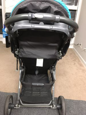 Baby trend stroller in good condition for $25 for Sale in Smyrna, GA