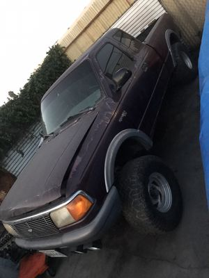 1993 ford ranger 3.0l BAD ENGINE for Sale in Santa Fe Springs, CA