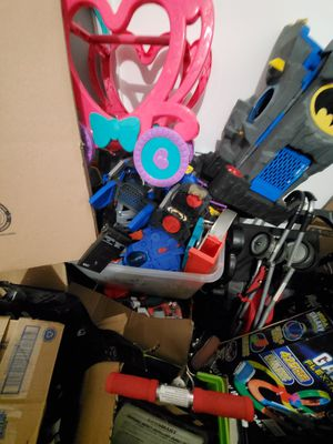 Tons of batman toys worth 100s of dollars son don't play batman anymore b/o for Sale in Malden, MA