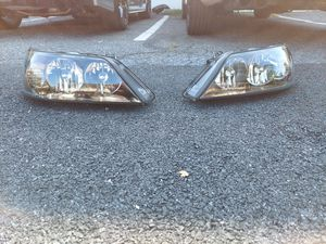 Pro tuning lab 03-11 town car headlights for Sale in Dillsburg, PA