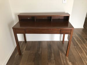 Wood computer/writing desk for Sale in Monroe Township, NJ