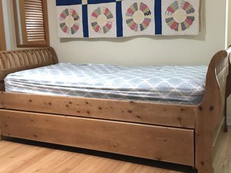 Sleighbed-Trundle With Twin Mattresses for Sale in Culver City,  CA