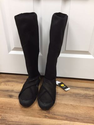 Brand-new Shearling Boots for Sale in Danvers, MA