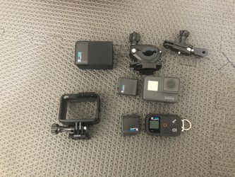 GoPro Hero 5 W/remote and Accessories for Sale in Hillsboro,  OR