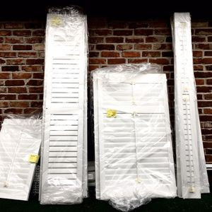 Free Blinds White New Still In The Bag for Sale in Bellevue, WA