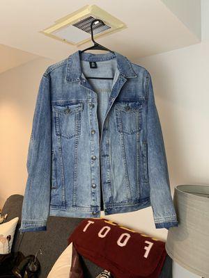 H&M denim jacket size medium for Sale in Germantown, MD