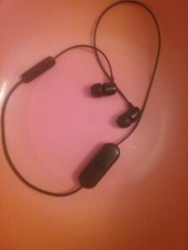 Skullcandy Bluetooth headphones