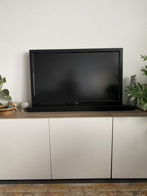 Vizio 40 inch TV for Sale in OR, US