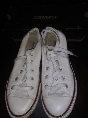 White Converse excellent condition used size 3 asking $15 for Sale in Riverside, CA