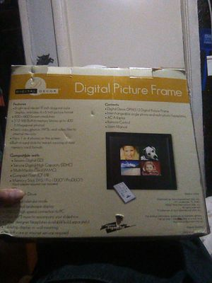 Digital picture frame for Sale in Stockton, CA