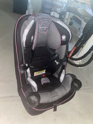 Safety car seat for Sale in Bakersfield, CA