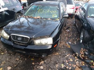 Selling Parts for a 03 Hyundai elantra for Sale in Detroit, MI