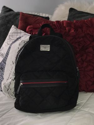 Tommy Hilfiger Backpack for Sale in Manchester, CT