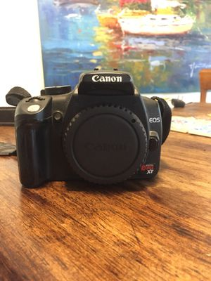 Canon EOS Rebel XT for Sale in Denver, CO