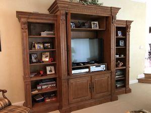 entertainment center with bookshelves for Sale in Egg Harbor Township, NJ