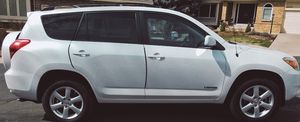 2006 Toyota Rav4 clean (no pets or smoking) for Sale in Derby, KS