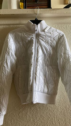 White Snow jacket para la nieve for Sale in Fontana, CA