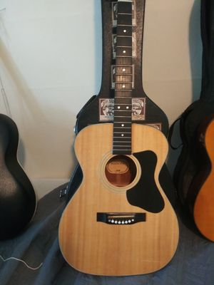 Guild. Maderia. With case a1 for Sale in Plainfield, NJ