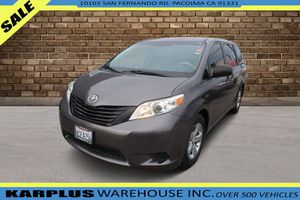 2014 Toyota Sienna for Sale in Pacoima , CA