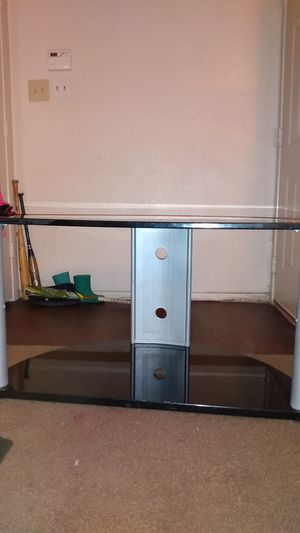 """Black tv stand holds up to 50"""" Excellent condition Asking $20 for Sale in Dallas, TX"""