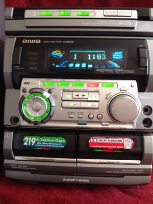 Speaker Sursround Sound Stereo system, Dual Tape cassette, radio., 3 CD changer, Bluetooth adapter for Sale in Richardson, TX
