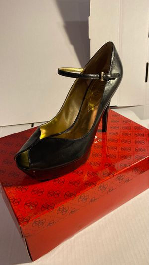 Guess WGDUSTINE Black leather size 9,5 for Sale in Camden, NJ