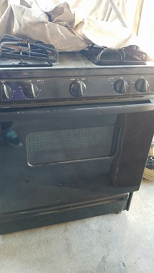 Gas stove free for Sale in Livermore, CA