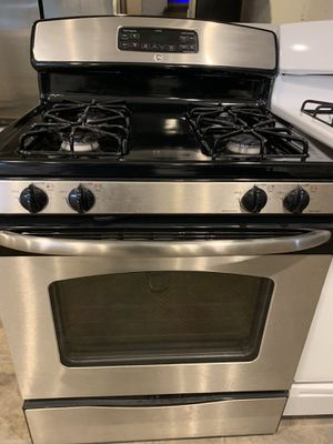 GE gas stove for Sale in New Caney, TX