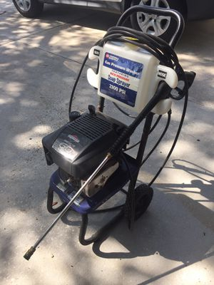 Pressure washer for Sale in Kenneth City, FL