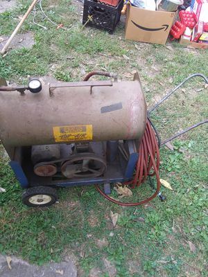 Old Air Compressor with Hose - Works - $30.00 for Sale in St. Louis, MO