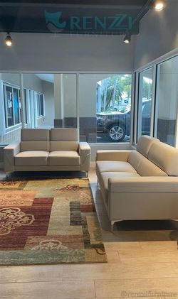 <!> White Sofa set $1099 / {Financing Available} for Sale in Doral,  FL