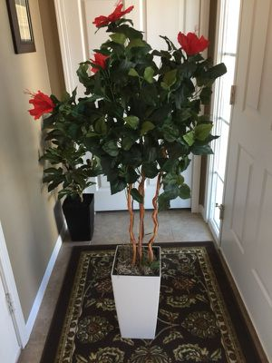 4 ft Hibiscus Tree/Plant with Pot by Nearly Natural for Sale in New Baltimore, MI