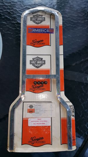 Harley Davidson 53551-81 Upright Kit Insert Style sissy bar. for Sale in Monroeville, PA