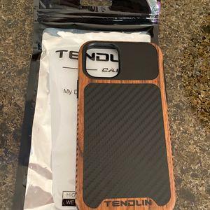 iPhone 11 Carbon Fiber Case New for Sale in Orange, CA