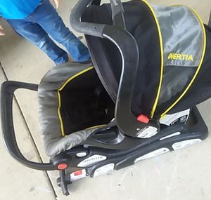Car seat with base for Sale in Lafayette, IN