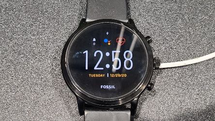 Fossil Gen 5 Carlyle Android Wear smartwatch for Sale in Snoqualmie,  WA