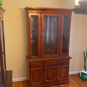CHINA CABINET for Sale in Upper Marlboro, MD