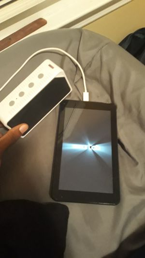 Tablet With A Bluetooth Speaker for Sale in Riverdale, GA